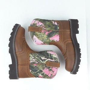 Ariat Shoes - Ariat | Fat Baby Cowgirl Boots Leather Pink Camo